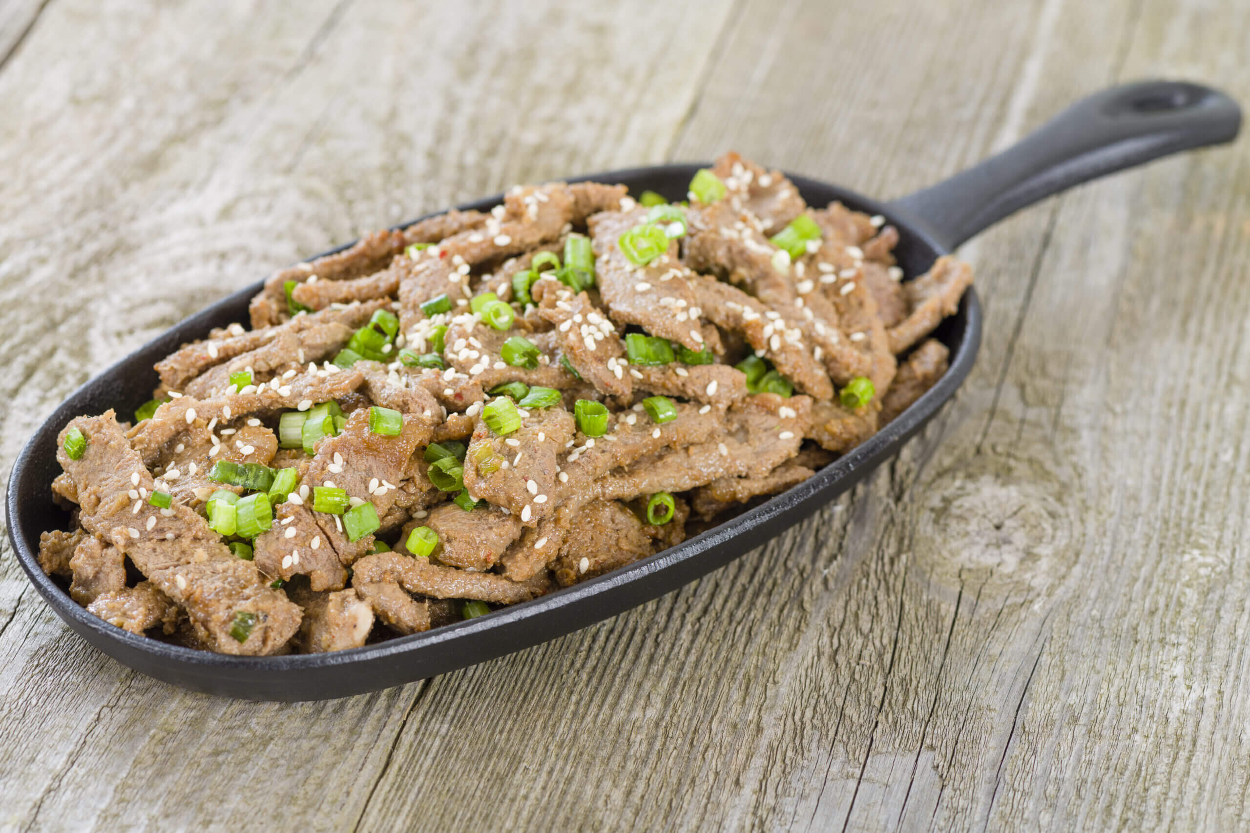 Asian Sizzling Beef with Grilled Scallions